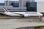 Air France, F-HRBF, Boeing 787-9 Dreamliner (44361321395).jpg