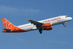 Airbus A320-214, Holidays Czech Airlines JP7595235.jpg