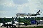 Airbus A350-900 (27893058818).jpg