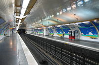 Alésia (métro Paris) vers Clignancourt par Cramos.JPG