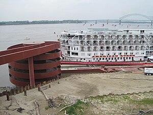 American Queen Memphis TN 2012-04-27 012.jpg