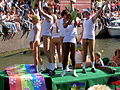 Amsterdam Gay Pride 2004, Canal parade -016.JPG