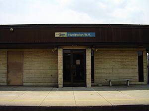 AmtrakHton