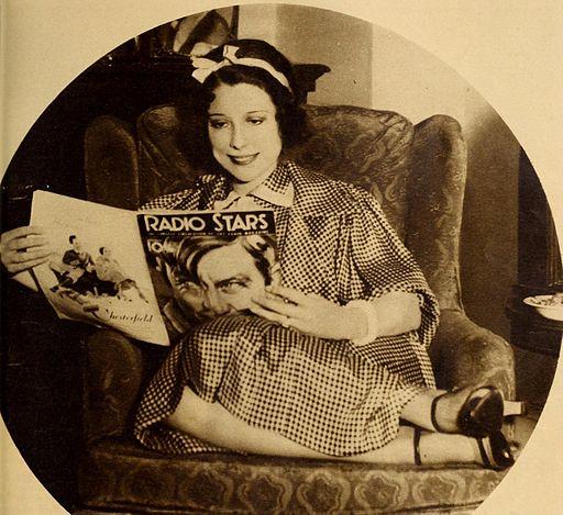 Annette Hanshaw in Radio Stars, Jan. 1934 02