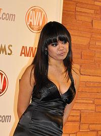Annie Cruz at AVN Awards 2011 1 (crop).jpg