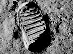 Apollo 11 bootprint (cropped).jpg