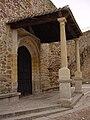 Arco y Portada de la Iglesia en Buitrago de Lozoya.jpg