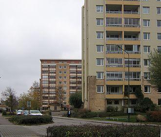 Arlöv - Along the E22, Arlöv has these high-rise buildings with 9 floors.