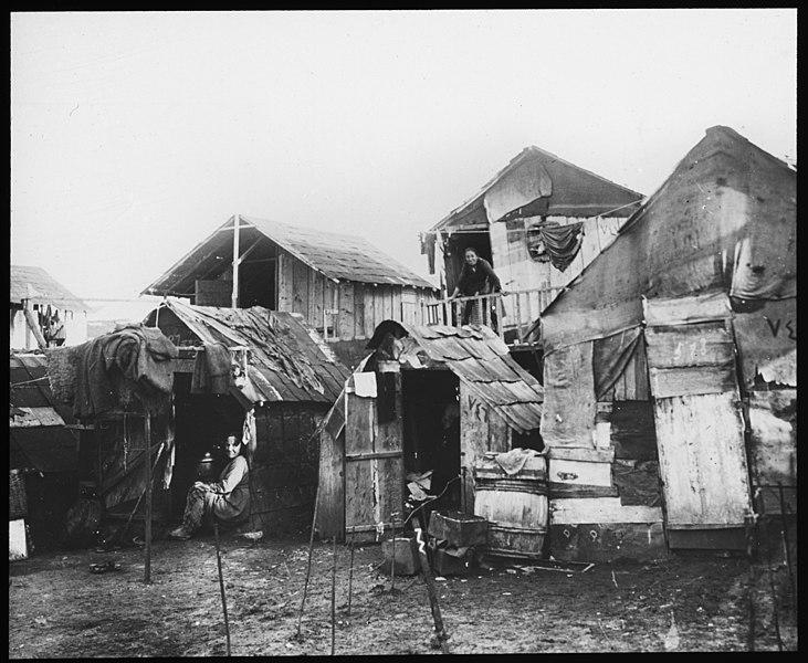 File:Armenisk flyktningsleir - fo30141712130010.jpg