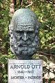 ArnoldOtt18401910DenkmalLuzern.JPG