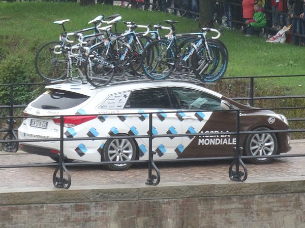 Arras - Tour de France, étape 6, 10 juillet 2014, départ (72).JPG