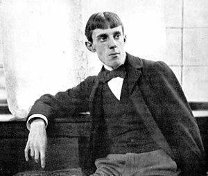 AubreyBeardsley-Hollyer1.jpg
