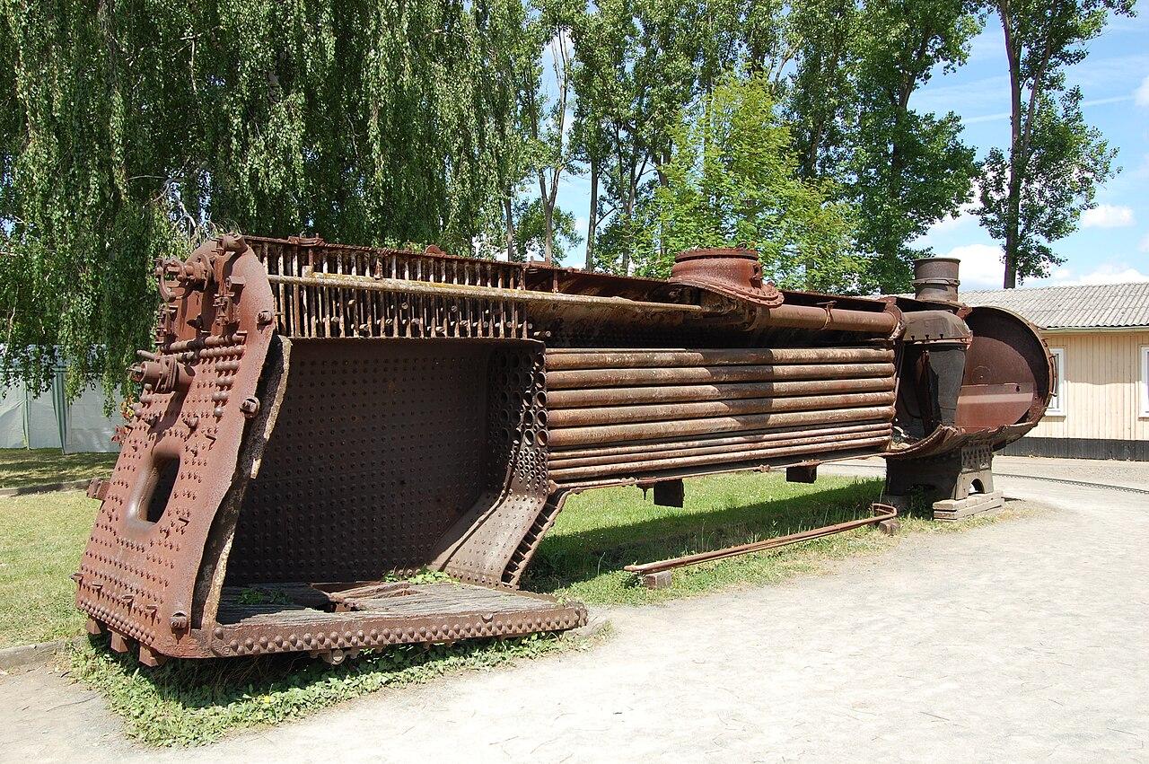 Early R Lyehian Steam Train Creepy
