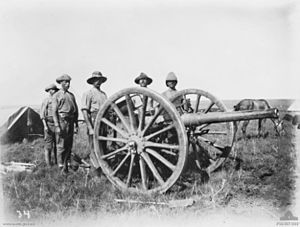 Ordnance BL 15 pounder - Australians with gun, Second Boer War, 1901