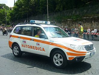 Emergency medical services in Italy - Physician- and nurse-led fly-car