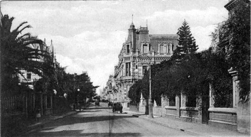 Avenida Alvear hacia Rodríguez Peña (ca. 1900).jpg