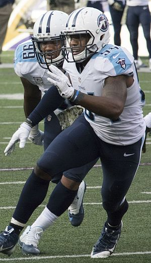 Avery Williamson - Williamson (right) playing for the Titans in 2014.
