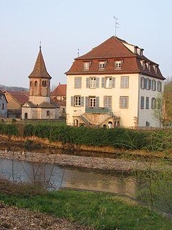 Avolsheim chapelle saint Ulrich maison.JPG