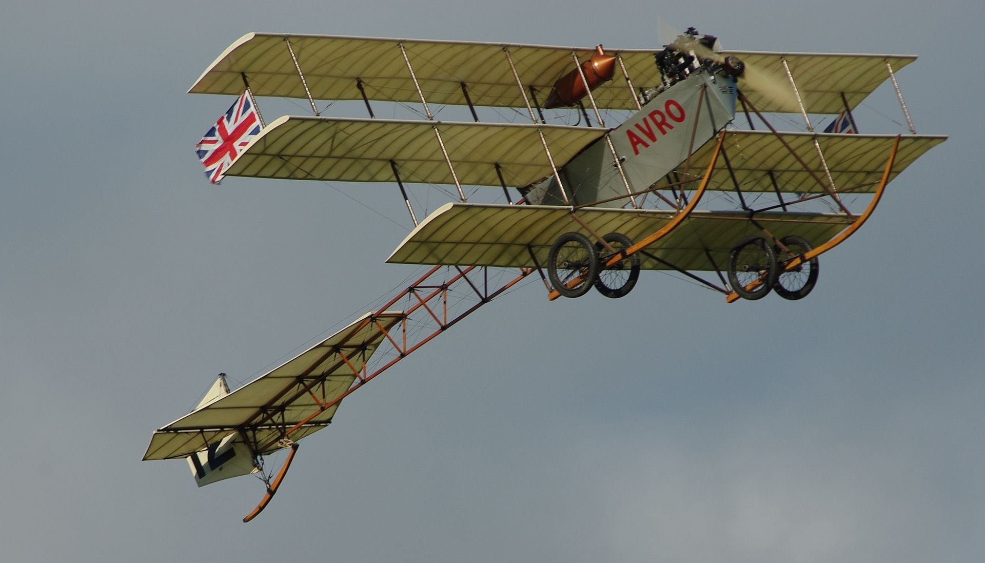 1920px-Avro_Triplane_repro Wire Configuration on