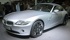 BMW-Z4 diagonal front at IAA 2005.jpg