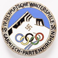 Badge (AM 1996.71.343-1).jpg