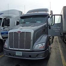 Bakersfield, (CA) Truck Peterbilt at Flying J Travel Plaza.jpg