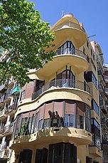 Barcelona (332 Diagonal Avenue). Planells House (Casa Planells). 1923-1924. Josep Maria Jujol, architect (26954375722).jpg