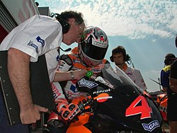 Barros Motegi2004.jpg
