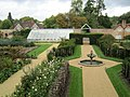 Beaulieu Gardens, Hampshire - panoramio.jpg
