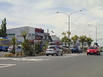 Belmont, Auckland - Shops in central Belmont