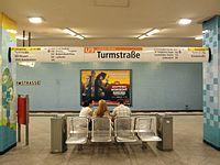 Berlin - U-Bahnhof Turmstraße (9490743614).jpg