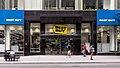 Best Buy Manhattan (48155566561).jpg