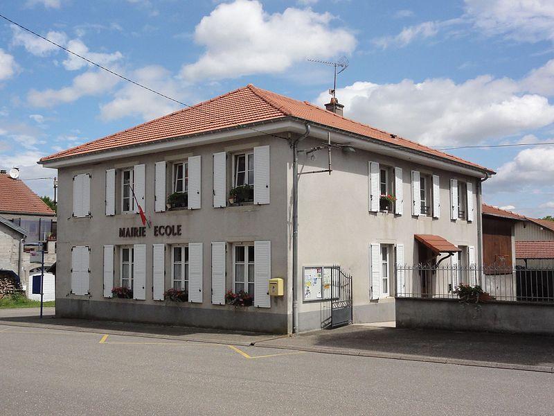 Bezange-la-Grande (M-et-M) mairie - école
