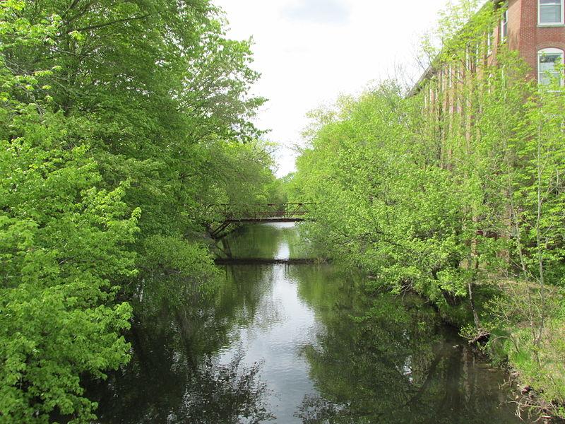 File:Blackstone River, Northbridge MA.jpg