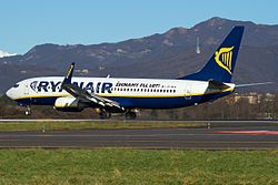 Boeing 737-8AS, Ryanair JP7743037.jpg