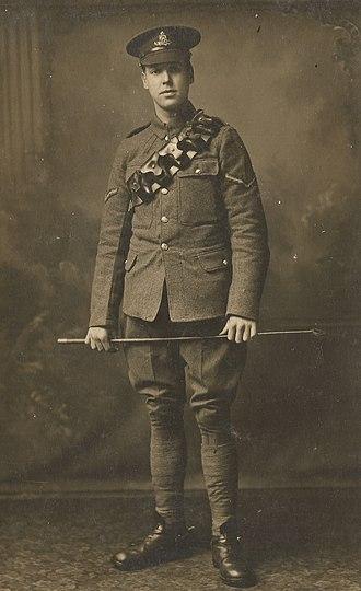 Bombardier (rank) - Bombardier Duncan Bromwich of Leyton, England (1893 -1917) in his Royal Field Artillery Bombardier uniform.