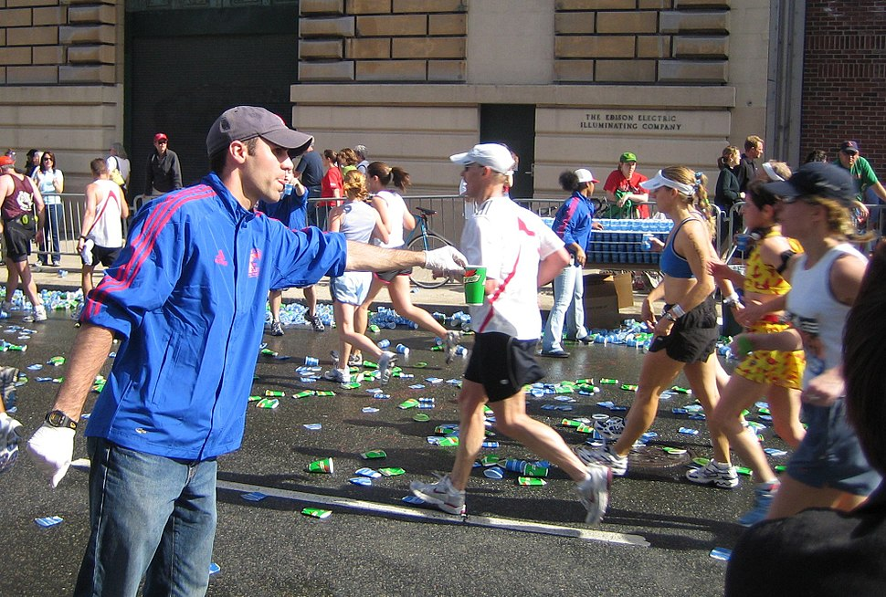 Boston marathon mile 25 gatorade volunteer 050418