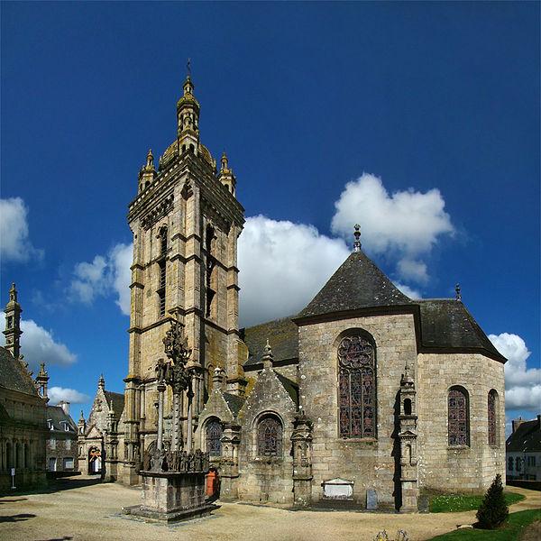 Salon de discussion publique 2012 - Page 27 600px-Bretagne_Finistere_SThegonnec1_tango7174