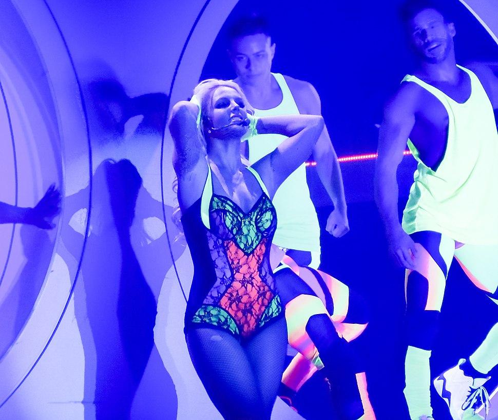 BritneyPOM9