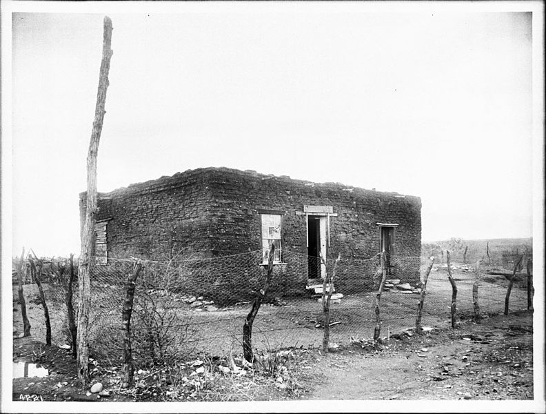 File:Building in the vicinity of the Presidio at Tubac, Arizona, (s.d.) (CHS-4221).jpg