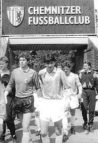 Bundesarchiv Bild 183-1990-0526-300, Chemnitzer FC - 1.FC Magdeburg 1-0