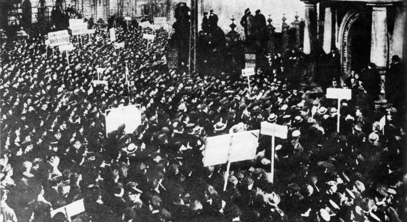 Bundesarchiv Bild 183-R72520, Kiel, Novemberrevolution, Matrosenaufstand