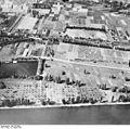 Bundesarchiv Bild 195-0085, Rheinbefliegung, Rüdesheim - Geisenheim.jpg