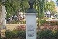 Busto dedicado a Jose Martí .jpg
