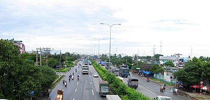How to get to Quận Mười Hai with public transit - About the place