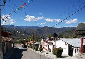 San Pablo Guelatao - Image: CALLE PRINCIPAL DE GUELATAO DE JUAREZ, OAXACA