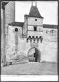 CH-NB - Aigle, Château, Portail, vue partielle - Collection Max van Berchem - EAD-7160.tif