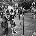 COLLECTIE TROPENMUSEUM Een dansvoorstelling van de Village Dancers TMnr 20014326.jpg