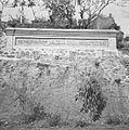 COLLECTIE TROPENMUSEUM Het door Rudolf Bonnet ontworpen monument ter nagedachtenis aan de kunstenaar Walter Spies in Campuhan Ubud TMnr 60030255.jpg