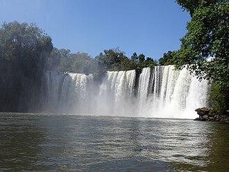 Chapada das Mesas National Park - Image: Cachoeira Sao Romao